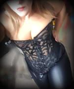Bondage-Lady wechselt zwischen SM-Spielen